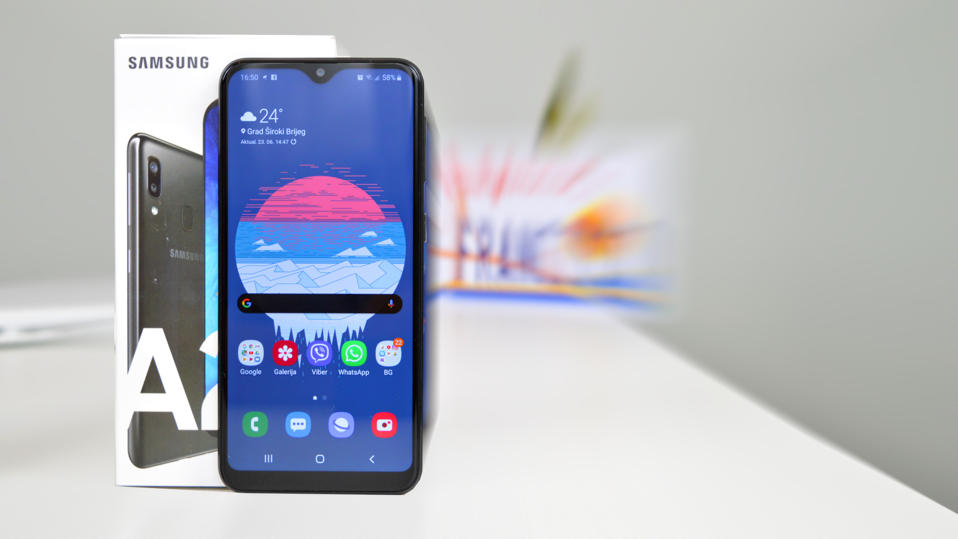 Samsung Galaxy A20e recenzija test